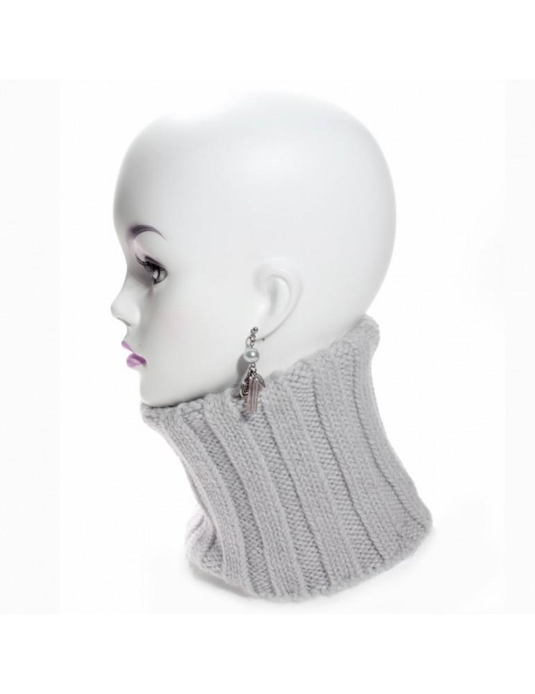 Laine mohair et acrylique font de ce cache col un accessoire chaud et  confortable, peut être dédoublé pour couvrir jusqu aux dessus du nez.  Marque Igalykos d72b7c4eca8