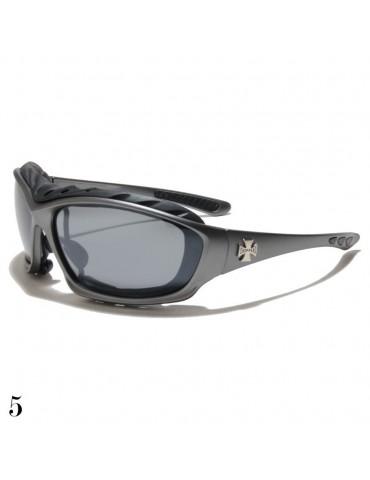lunettes de soleil monture grise et croix de Malte