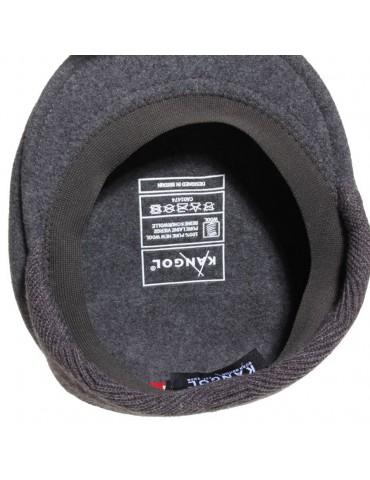 casquette plate avec cache oreilles coloris grise marque Kangol